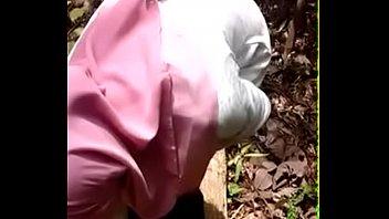 malay awek kena rogol bertudung Woman hires an girl escort