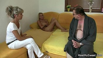 dad fucking cought her daghter Hot moms horney