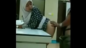 bokep indo jilbab Whipped hard till she cums3