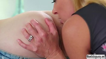 ruth cheeks threesome fiona blackwell Bi boys in shower
