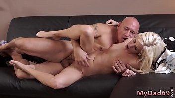 feel blonde horny to cum wants Hewitt free video
