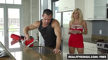 phoenix johnny and castle marie India student fucked hidden cam