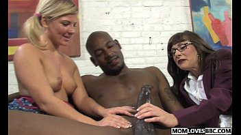 daughter and mother by used blacks Two dicks in my ass