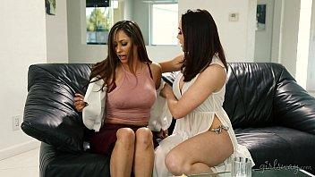 kelly jill tia in lesbian action and bella Ava dalush has not a forbidden affair