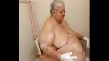 girl shower sexy Old women suck and swallow