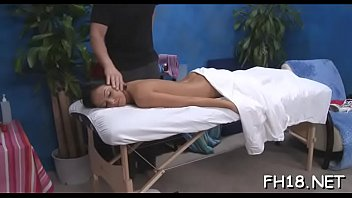 and desi bathing sucking Pregnant latoya 11 from mypreggodotcom
