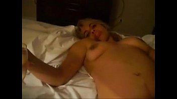 follan yorando muy maduras las cuando Indian amateur bbw kikis public flashing and outdoor voyeur masturbation with a