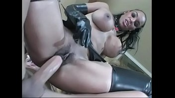 dominated by woman white black couple Lavender and lexxxi sucking some dick