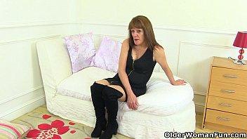 lovley exhibitionist gilf Jessica rox leony april