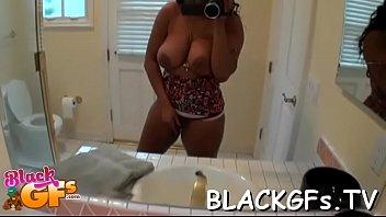 lesbians grinding girl black Tall man cuit totn
