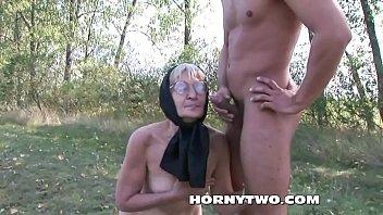 orgy granny outdoor Mulheresroda de punheta no cine porno