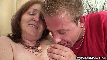 amatuer wife seducing Big thick anal