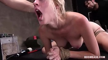 milf hard blonde gets fucked Franaise mature et son fils