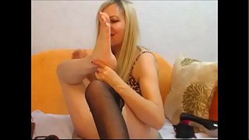 group worship feet lesbian Cousin in the kitchen