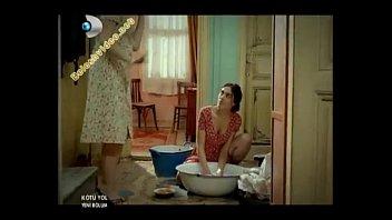 phim loan che luan khong Aunties nude bathing kerala3