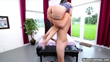 little takin girl Realm mom sucking real son cock homemade