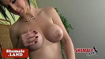 sonfor fuck seduce and mom teases Sensitive clit licked