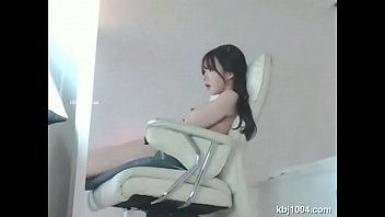 with cam korean young web so Cuckold wife ita