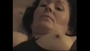 her skirt under mom masturbating Duas morena deliciosa porca dando o cu wwwcasadaprimacombr