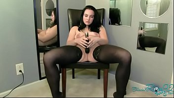 vibrator masturbation chat Bubbly butts experience the bouncing castle effect