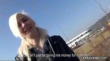 a bar pute Nadia nyce shares cock