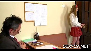 teacher okita anri Masturbation133 suchka tancuet striptiz pered kameroj i odnovremenno laskaet svoyu kisku palchikami