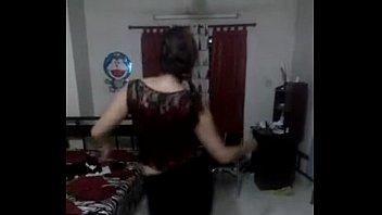 bangladeshi mim sex Saugen und spritzen