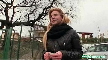 cock porn sezy video sucks teen blonde hitchhiker Motel la campana