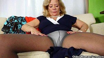busted masturbating mom in bad Hidden cam skirt