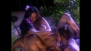leone video oldman sunny xxx Peliculas eroticas chinas