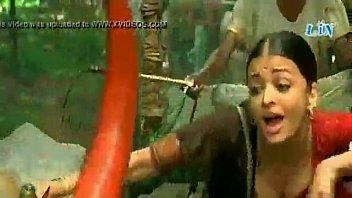 rape saree video bollywood Hermosa morenita muy juguetona